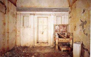 Tomb Eurydice